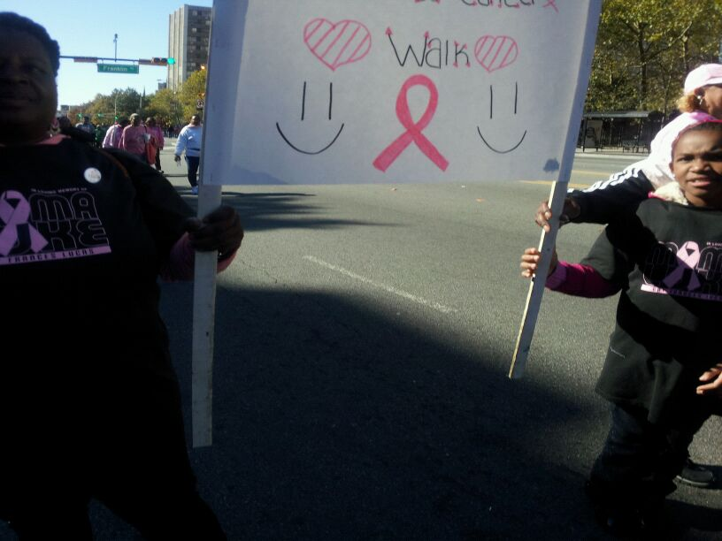 YouthGroupBreastCancerAwarenessWalk/photo5.JPG