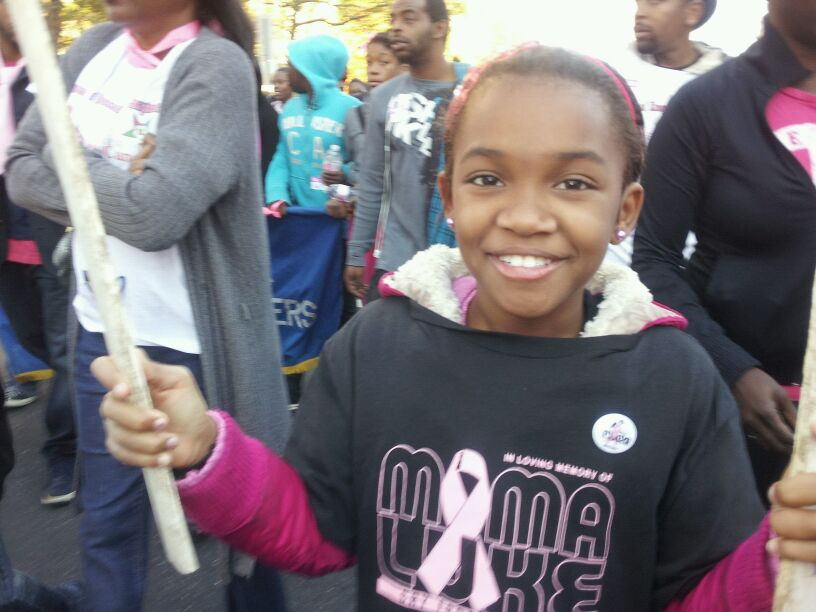 YouthGroupBreastCancerAwarenessWalk/photo9.JPG